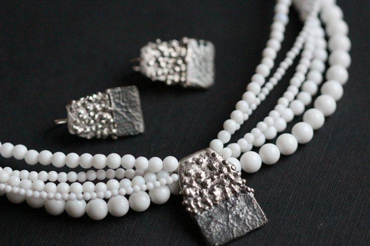 stříbro, bílý korál