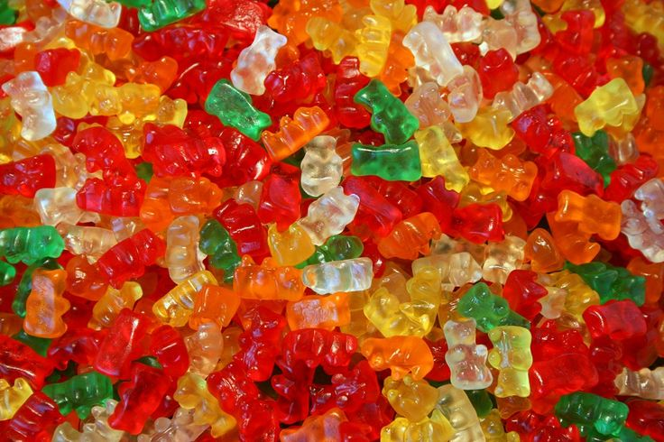 Coś słodkiego po południu ? http://www.fototapeta24.pl/ #żelki #haribo #haribogummies #fototapeta #fototapeta24pl #sweets