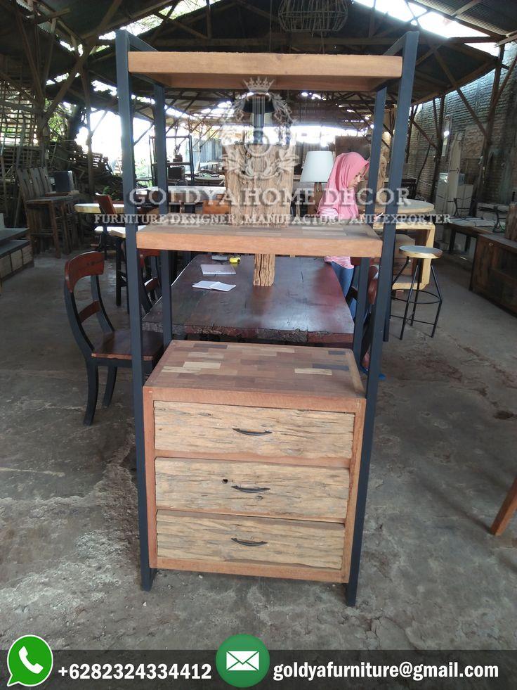 #lemaripajangan dari kayu #jatilawas atau #recycledwood kini juga tersedia di GOLDYA HOME DECOR dengan berbagai macam pilihan produk. Hubungi kami sekarang juga untuk mendapatkan informasi lebih lanjut mengenai hal tersebut