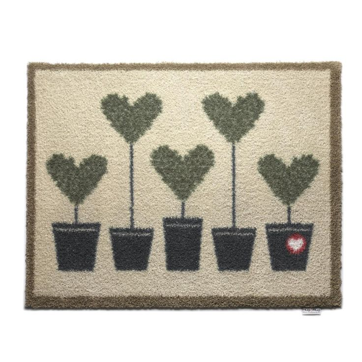 Topiary Hearts Hug Rug. SO getting this!!