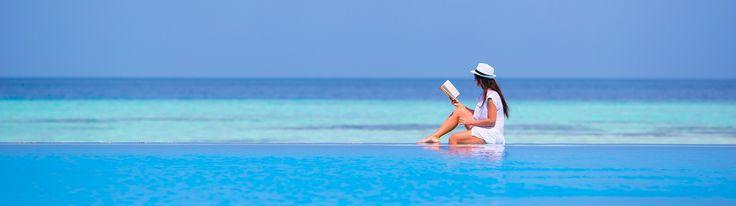 ¿Sabías que...? Las Maldivas están situadas en el ecuador y reciben la influencia del océano Índico, haciendo que las temperaturas sean cálidas y constantes durante todo el año, entre unos 25º y 30º.  Condiciones perfectas para que se desarrolle el paraíso, ¿no te parece?  ¿A qué esperas para venir a comprobarlo?  #NomadsMaldives #Wanderlust #Maldivas #DatosPrácticos #Clima