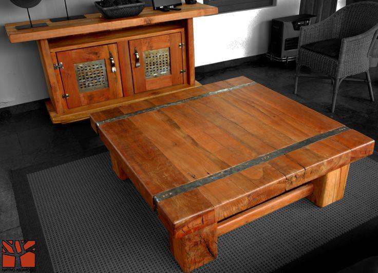 """Nativo Red Wood. Mesa de centro linea """"Line Wood"""" con cubierta de madera de Roble Rústico de 3'' de espesor con flejes de fierro forjado y detalles de clavos de cobre. Dimensiones: 1.20x1.20 www.facebook.com/nativoredwoodsa"""