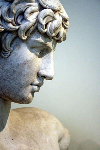 Best 25+ Greek statues ideas on Pinterest