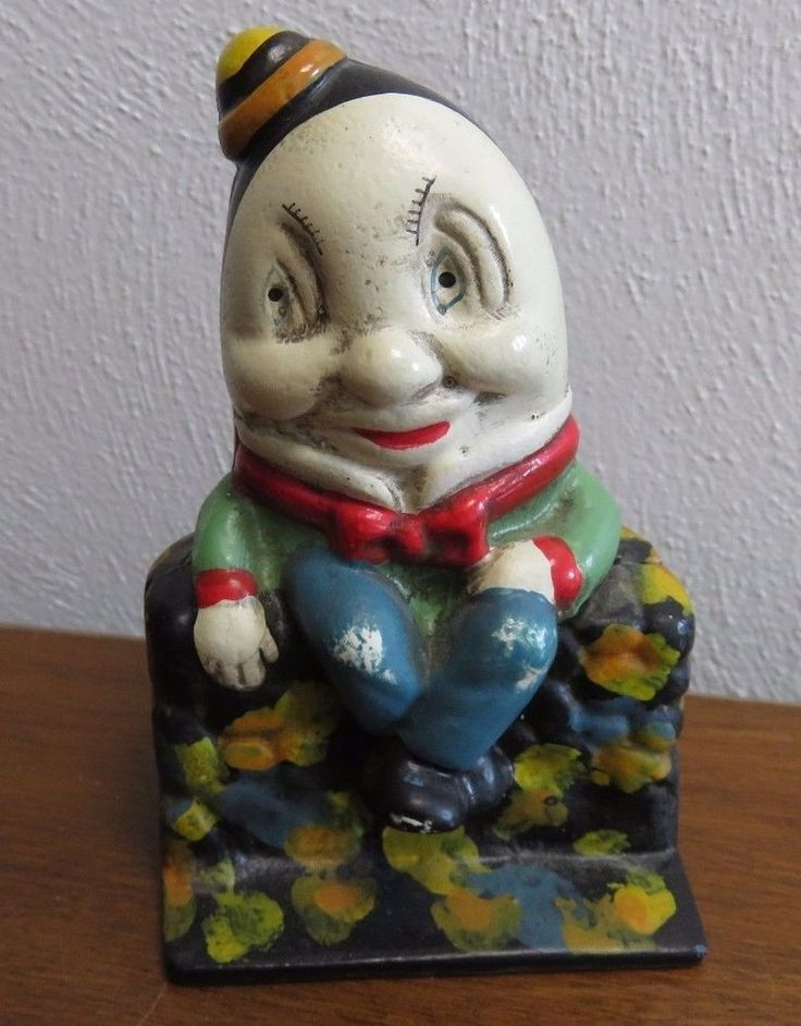 Humpty Dumpty Vintage Cast Iron Still Coin Bank 5.25""