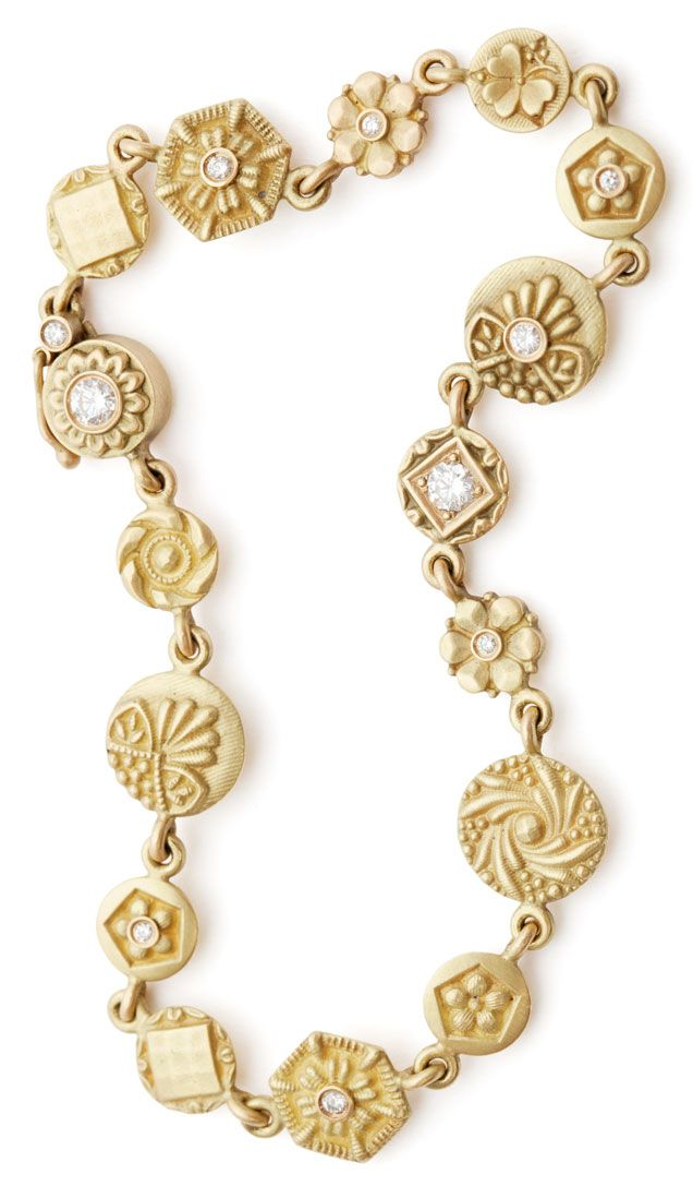 No.10 Edith Hegedüs. Gold bracelet with diamonds.
