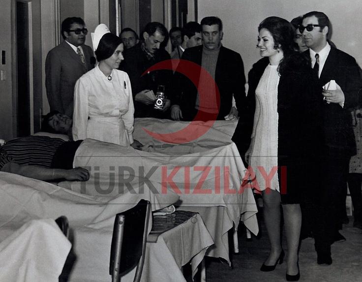 1960'lar Kan Merkezi Ziyareti Türkan Şoray