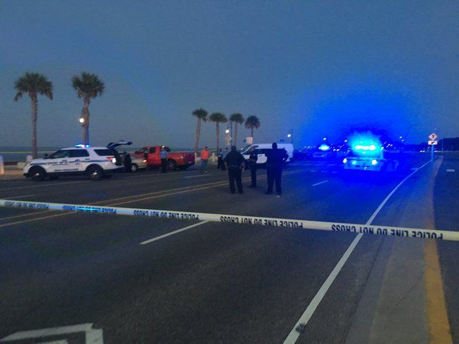 New Orleans police shut down Lakeshore Drive in both directions after a man, 28, fatally shot himself inside a vehicle Friday (Nov. 25), police said.