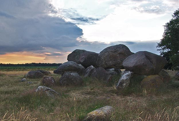 Hunebed - Dolmens - Netherlands - Ancient burial grounds