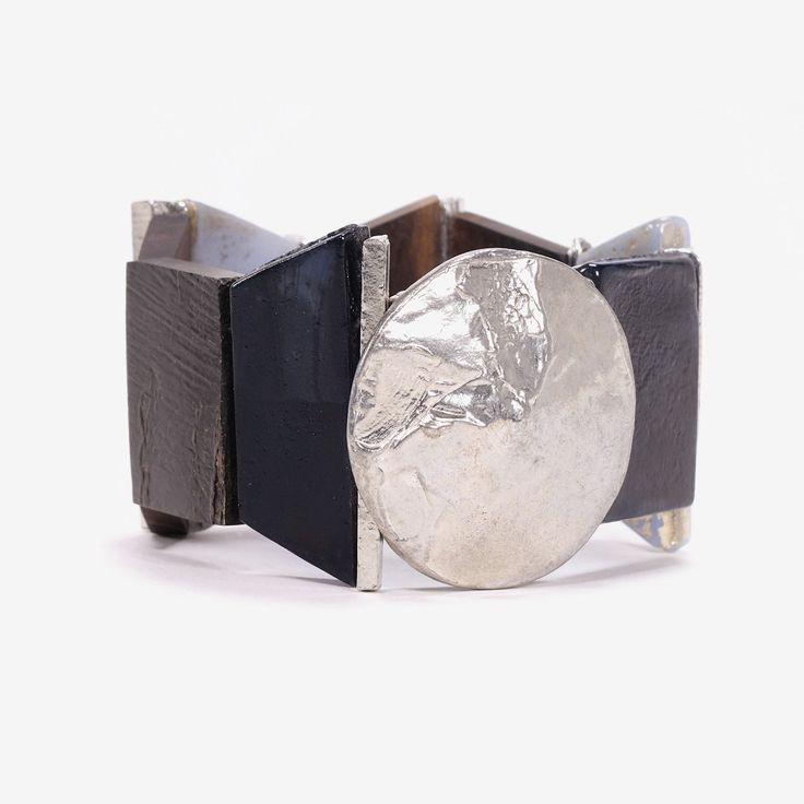 NINO || Artisan bracelet, handmade in Canada by Anne-Marie Chagnon (2017) || Bracelet fait à la main à Montréal, par l'artiste bijoutière Anne-Marie Chagnon