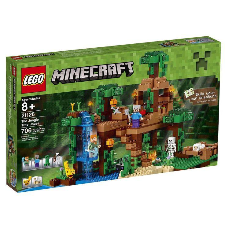 Conheça o espetacular  LEGO Minecraft - A Casa da Árvore da Selva , um incrível conjunto que vai conquistar a garotada. Você construiu uma espantosa casa na árvore com Alex, e lá pode criar ovelhas, ter colheitas de cacau e trigo e fazer biscoitos. Mas mobs hostis estão-se juntando na densa floresta ao redor de sua nova morada na floresta. Junte forças a Alex e a seu ocelote domesticado para vencer os intrusos! Ative o alçapão secreto para surpreender o esqueleto errante. Atraia o CreeperT…