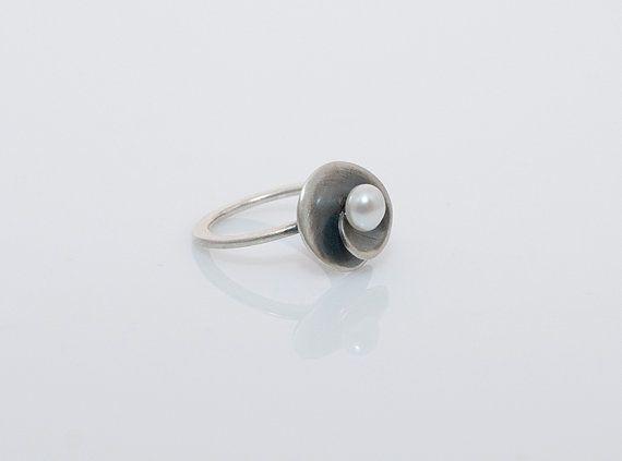 Spiral Ring Elegant Proposal Ring Freshwater Pearl by MelioJewels Minimal Design, freswater pearl
