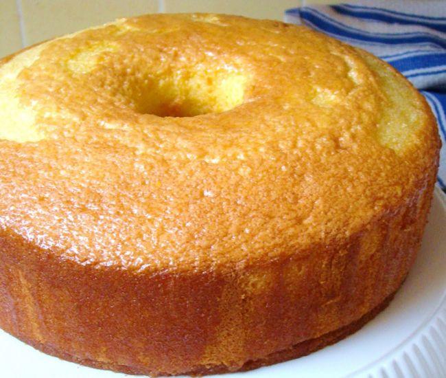 Chiffon Cake http://www.cheflogrorecipes.com/chiffon-cake/