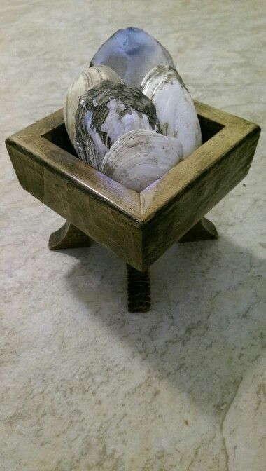 We needed a little box for sea shells in the bathroom so i created this.  It's curly maple made to look very old.