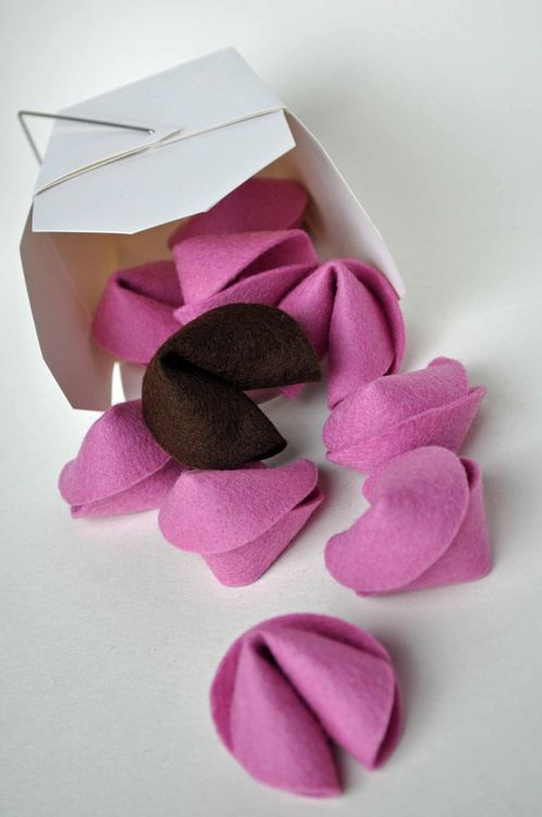 DIY Easiest Felt Fortune Cookies Ever Tutorial  -- These are no sew and no glue and require three stitches. You can find really cheap take-out containers at the Dollar Store in their bridal section.