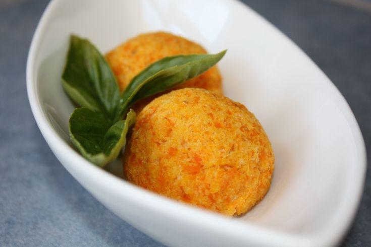 Crocchette di zucca gialla e carote, golosi bocconcini di salute