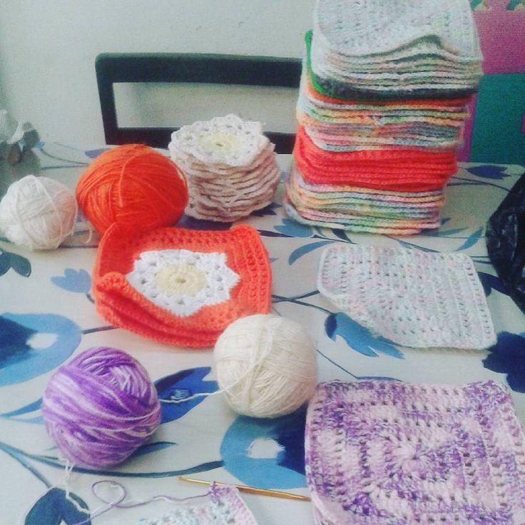 "13 Me gusta, 1 comentarios - Cindy Amaya Gallegos (@neolokis) en Instagram: ""52/88 vamos que se puede!!! #ganchillo #crochet #crochetaddict #handmade #hechoamano #lana #wool…"""