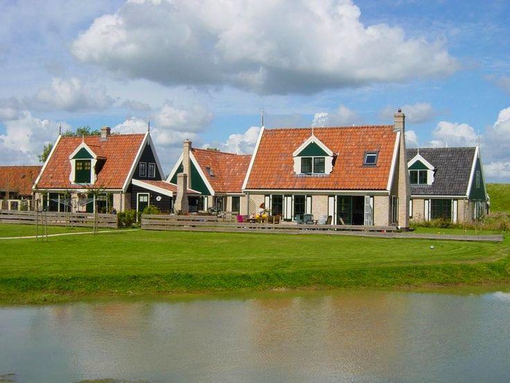 Vakantiehuis aan zee in Nederland.