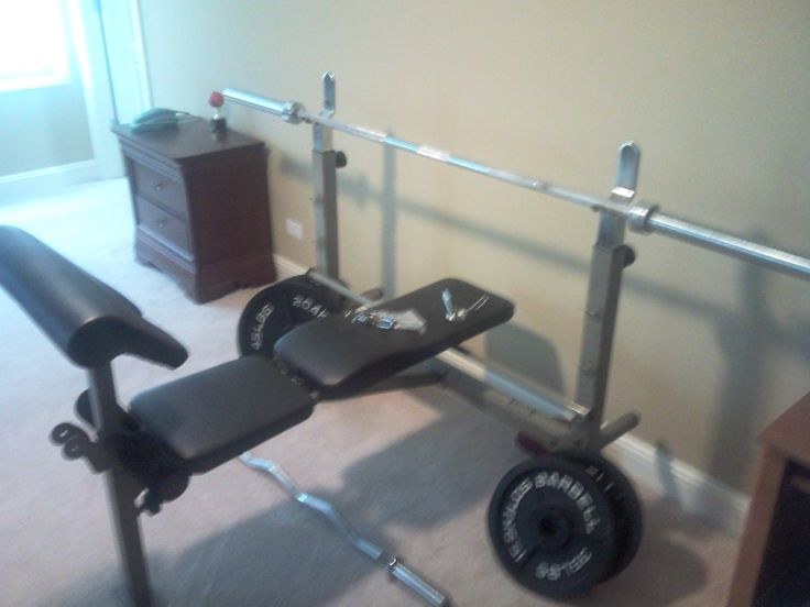Hodoval s garage lb weights and bench