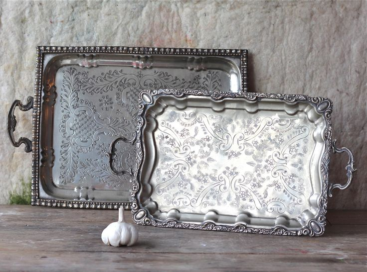 Vintage metal trays - rectangular