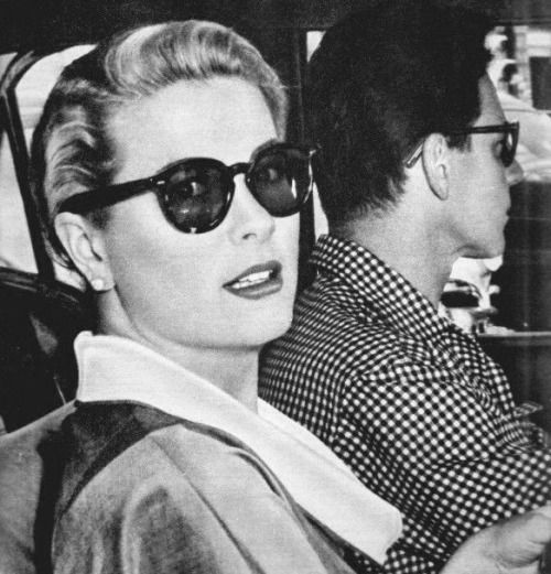 graciemonaco:gatabella:  Grace Kelly and Jean-Pierre Aumont in Cannes, 1955  Looking every inch the movie star! thanks post