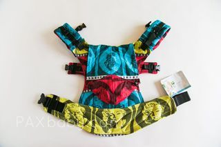 paxbaby, Lenny Lamb, Ergonomic carrier, soft structured carrier, SSC, Movie Star, Marilyn Monroe, babywearing