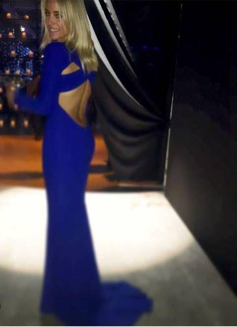Το εντυπωσιακό φόρεμα της Δούκισσας Νομικού που έκλεψε την παράσταση - Πώς εμφανίστηκε σε λαμπερό γάμο;