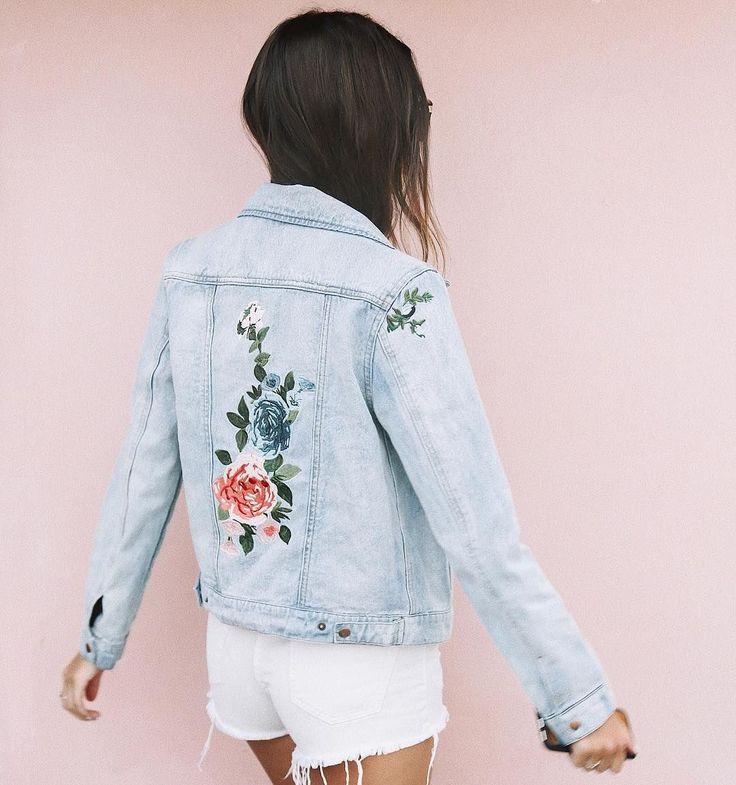floral embroidered denim jacket ig: kaitlynoelle | @kaitlynoelle