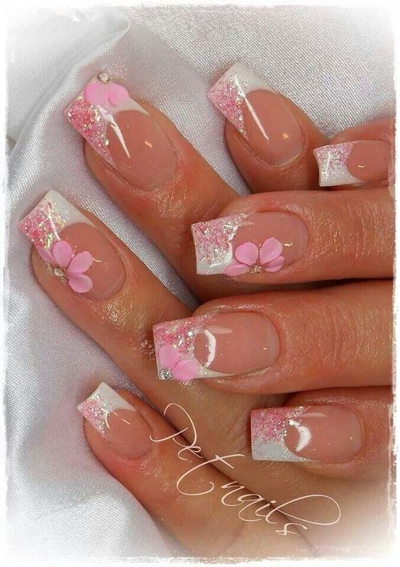 unghie gel nail art sposa french con fiori rosa dipinti