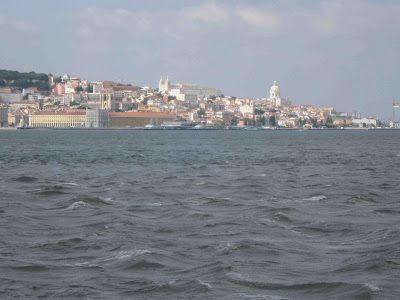 LUIS DESENHA: O Tejo em Lisboa a 18 de Junho de 2010