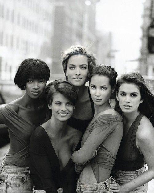 Naomi Campbell, Linda Evangelista, Tatjana Patitz, Christy Turlington and Cindy Crawford - Peter Lindbergh - January 1990 issue