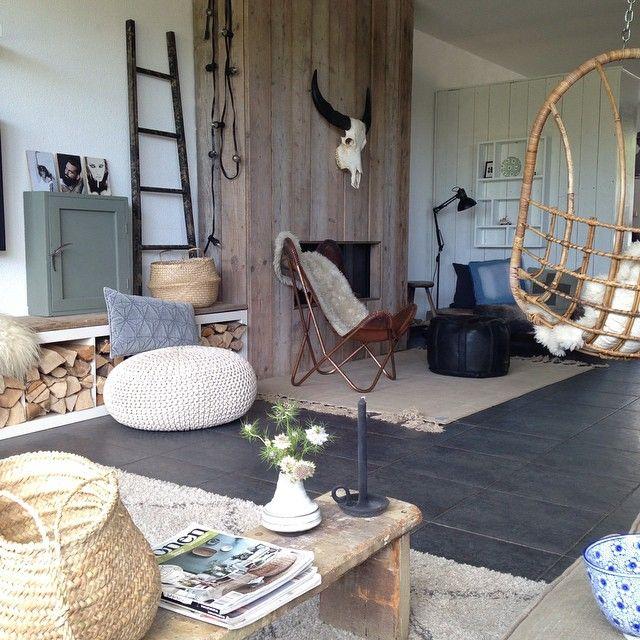 Alexandra volg ik al een tijdje op Instagram. Op Showhome een binnenkijker van haar huis. Zo mooi!