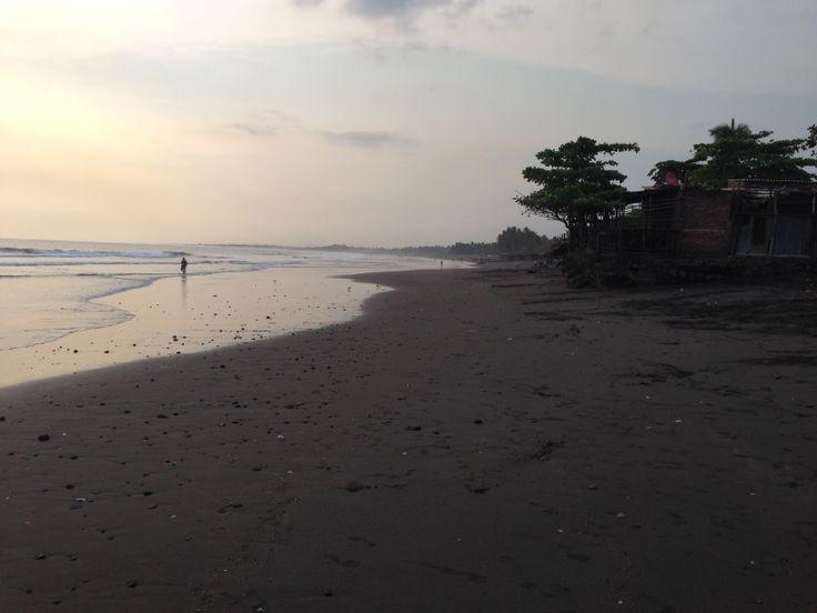 Playa de Acajutla El Salvador  http://www.gpstravelmaps.com/gps-maps/central-america/el-salvador.php