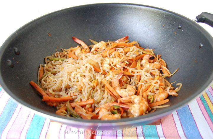 Ricetta Spaghetti Shirataki con gamberi e verdure