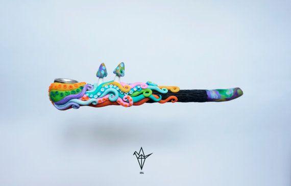 Rohr mit Regenbogen Oktopus und Pilze. von iDOLLshop auf Etsy
