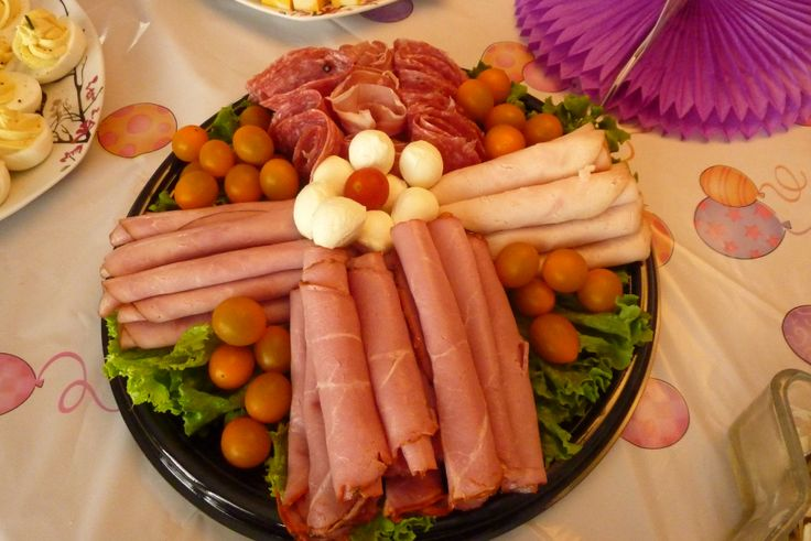 Concevoir sa propre assiette de viandes froides au buffet froid JR