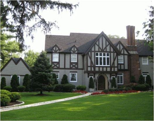 Top 25+ best Tudor style homes ideas on Pinterest   Tudor homes ...