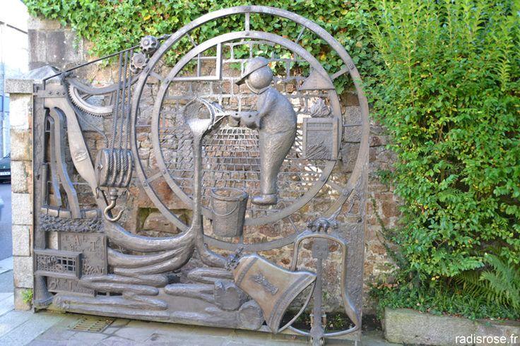Cornille Havard, fondeur de cloches à Villedieu-les-Poêles http://radisrose.fr/escapade-curieuse-et-gourmande-a-villedieu-les-poeles/ #Normandie
