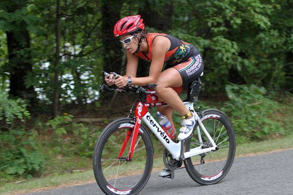 Triathlon Help, the world's leading online community page, informing, advising, and motivating triathletes of all ages and abilities.    http://www.triathlonhelp.com/