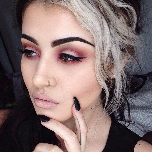 Classic smokey dark blended eye makeup color, colorful eyeshadow, black eyeliner wing, eyebrow shape/ brows, highlights/ lowlights contour, airbrush effect, lips, deep pink lipstick tone