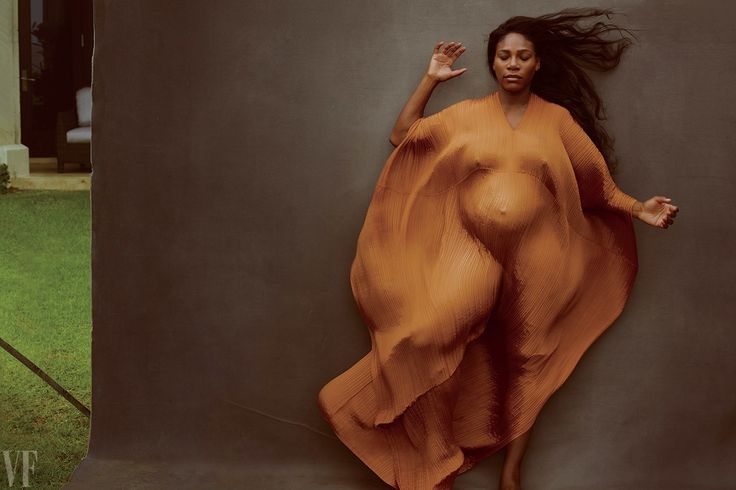 See Pregnant Serena Williams's Vanity Fair Cover Shoot