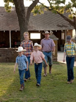 The Drummond Family : Ladd Drummond and children Alex, Paige, Bryce and Todd