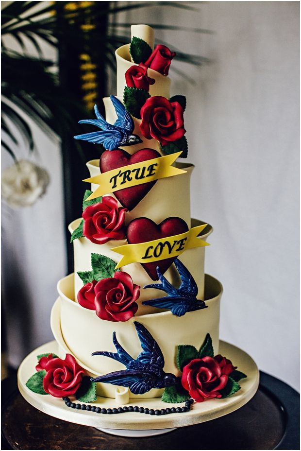 "Amazing ""tattooed"" wedding cake by Ben The Cake Man (photo - Steve Gerrard Photography)"