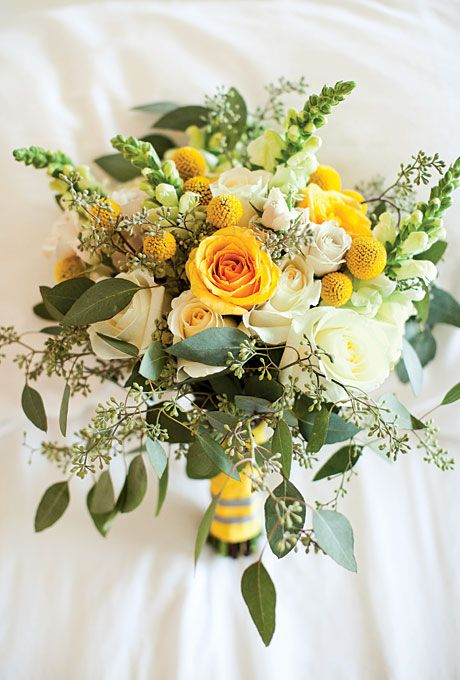 Bouquets from Real Weddings: Craspedias, Snapdragons, Roses, and Eucalyptus | Photo by Akil Bennett