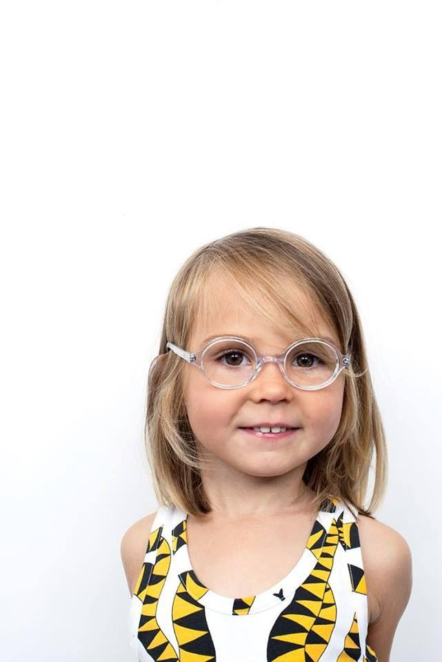 En la #ClínicaCeo te ofrecemos los mejores tratamientos en #Oftalmopediatría, el área de la oftalmología que se encarga de la salud #Visual de los más pequeños. Para mayores informes comunícate con nosotros al tel (574) 448 0408. Foto vía http://goo.gl/5kTWku