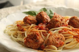 Meatballs with Spaghetti (translator in sidebar)