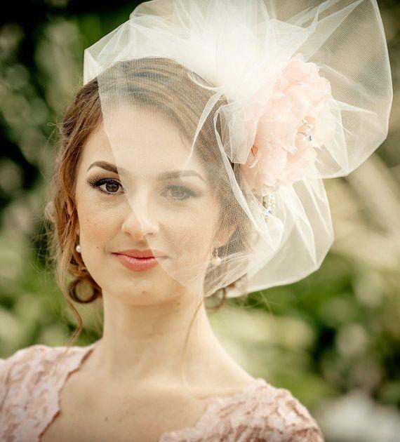 WEDDING VEIL bridal short bubble veil by hairbowswonderworld