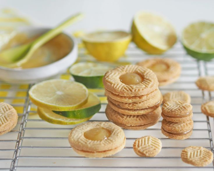 lemon cookies with lemon curd filling by www.fresshion.com