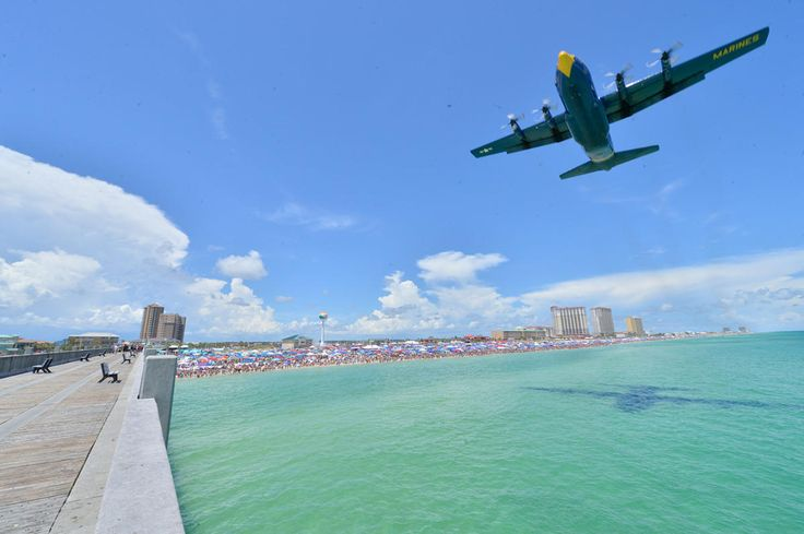 Insiders guide to the US Navy Blue Angels air show at Pensacola Beach!