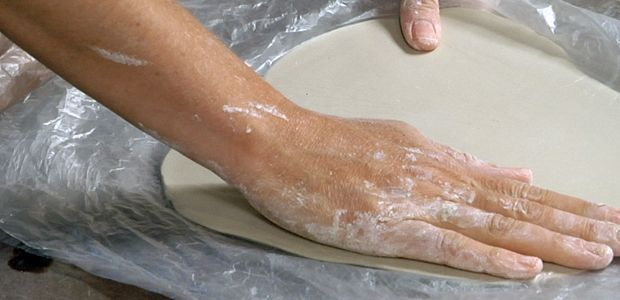 Ceramics Arts Video: Thin Slabs With Plastic