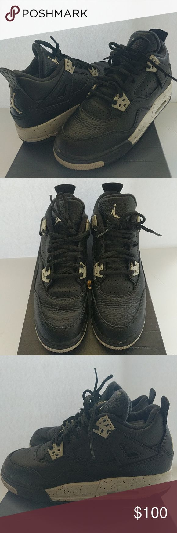 Jordan Retro 4 Oreo Comes in original box! Like new GRADE SCHOOL Jordan Retro 4. 'Oreo' Only worn once, but they look pretty much new. Just has slight creasing on toe and back flap.  Size 4.5 in YOUTH, but can fit Women's size 6 . Jordan Shoes